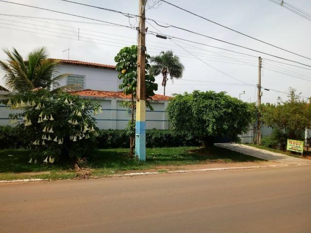 Casa na Rua do Joquei, lote 800m e 496m de área construída