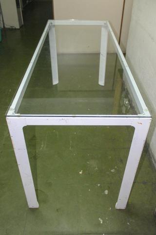 Mesa de Escritório em Ferro e Vidro Branca / Escrivaninha Office - Foto 5