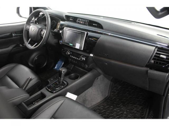 Toyota Hilux SRX 2.8 AUT 4P DIESEL - Foto 7