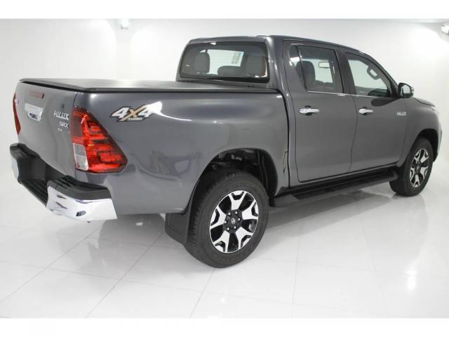 Toyota Hilux SRX 2.8 AUT 4P DIESEL - Foto 5