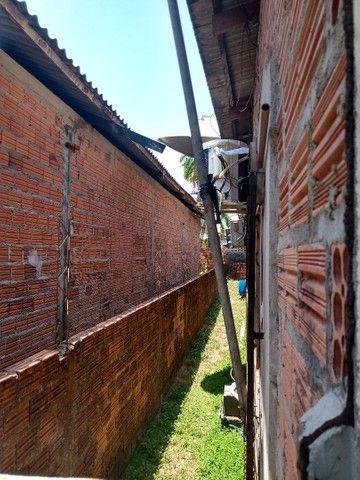 Vende se uma casa no bairro Brasil novo - Foto 3