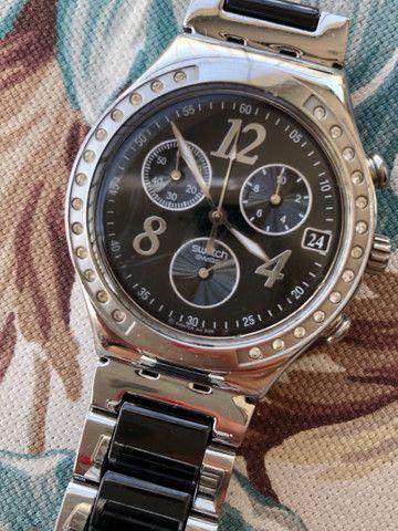 Relógio Swatch Feminino preto e prata Original - Foto 4