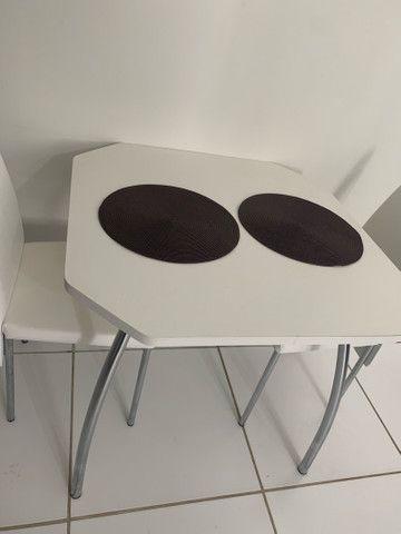 Conjunto de mesa com 2 cadeiras - Foto 2