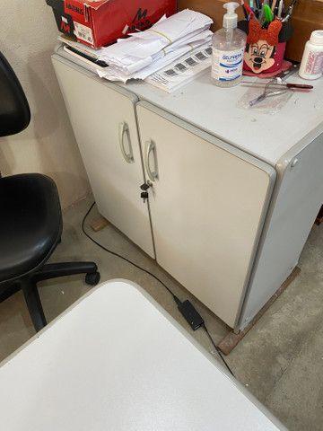 Mesa para computador com armário - Foto 3