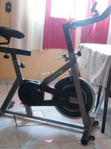 Bicicleta spinning Athletic works