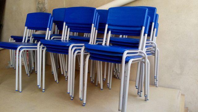 Cadeiras semi novas - Foto 5