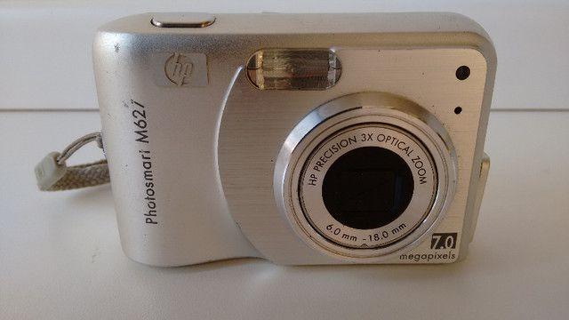 Máquina fotográfica digital, marca HP, modelo Photosmart M627. Resolução de 7,0 MP - Foto 2
