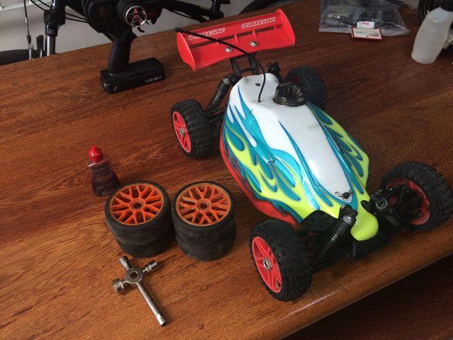 Carrinho a gasolina Hyper 7 TQ Sport