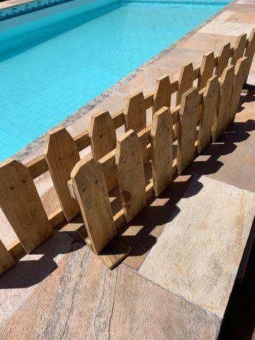 Cerca de madeira delimitadora - Foto 3