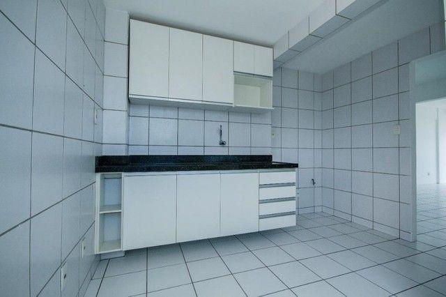 Apartamento com 3 quartos para alugar, 94 m² por R$ 3.385/mês com taxas - Boa Viagem - Rec - Foto 18