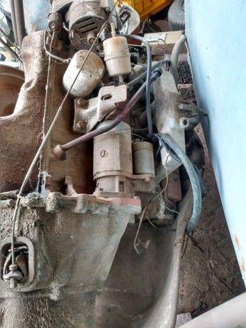 Vendo motor e caixa de Chevette 1.6 S 4marcha - Foto 2