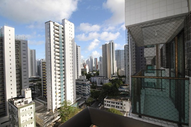 Apartamento com 2 quartos à venda, 72 m² por R$ 711.710 - Boa Viagem - Recife/PE