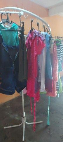 Brechó completo Contém roupas na etiqueta  - Foto 2
