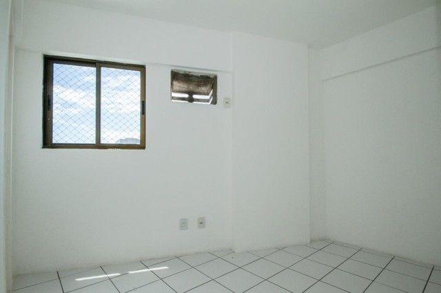 Apartamento com 3 quartos para alugar, 94 m² por R$ 3.385/mês com taxas - Boa Viagem - Rec - Foto 7