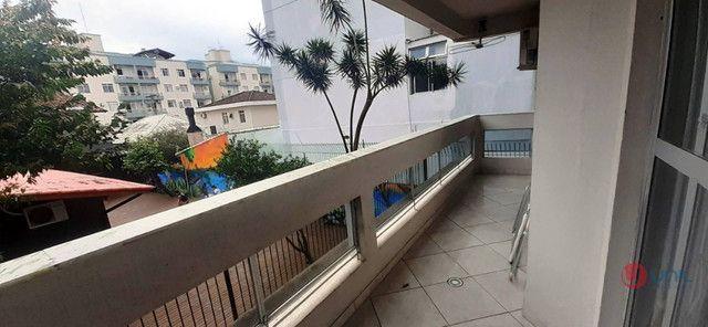 (CÓD:2472) Apartamento de 3 dormitórios - Balneário do Estreito / Fpolis - Foto 9