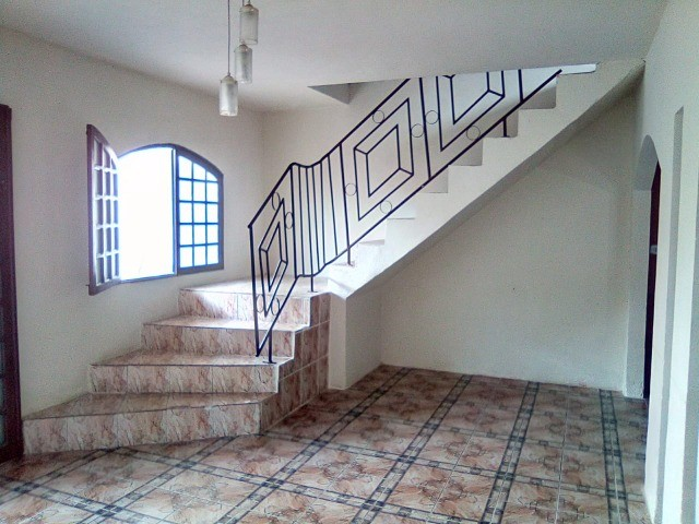Casa dois andares na região central de lajedo - Foto 6