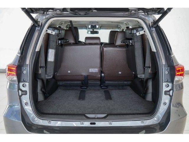 Toyota Hilux Sw4 2.8 SRX 4X4 7 LUGARES 16V TURBO INTERCOOLER DIESEL 4P AUTOMÁTICO - Foto 11