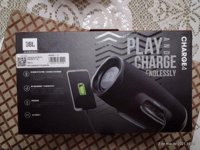 jbl charge troco ou vendo por caixa maior - Foto 4
