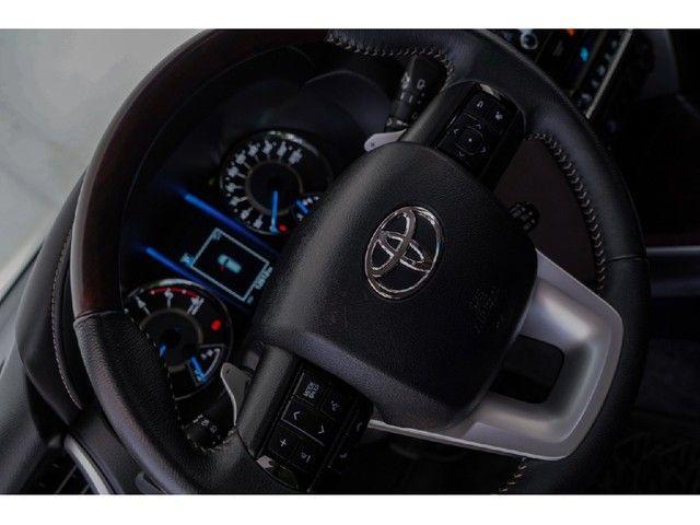 Toyota Hilux Sw4 2.8 SRX 4X4 7 LUGARES 16V TURBO INTERCOOLER DIESEL 4P AUTOMÁTICO - Foto 12