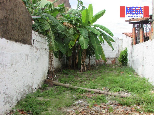 Casa com 2 quartos para alugar no Montese - Foto 8