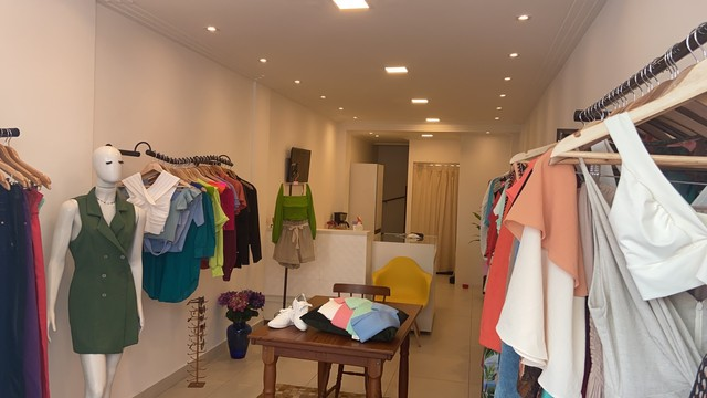 Lojas de roupas femininas  - Foto 2