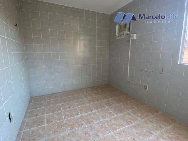 Apartamento térreo em Olinda, 65m2,  2 quartos sociais, varanda e garagem - Foto 11