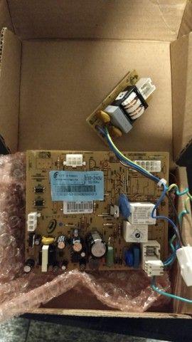 Placa Eletrônica Geladeira Brastemp BRE48D