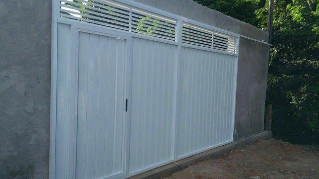 Portão alumínio branco r$399 o metro quadrado - Foto 3