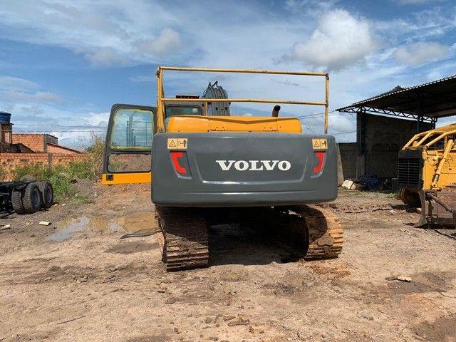 Escavadeira VOLVO EC210B - Foto 3