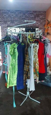 Brechó completo Contém roupas na etiqueta  - Foto 4