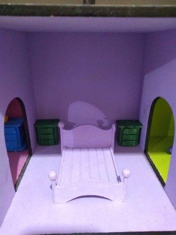 Casinha de boneca em MDF pintada e mobiliada *O produto está em Itararé/SP - Foto 4