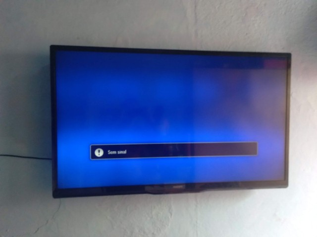 Tv Philips 42 polegadas smart - Foto 2