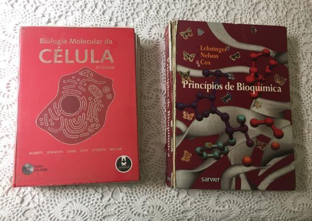 Livros Biologia Molecular da célula (5ª ed) e Bioquímica de Lehninger (2ª ed)