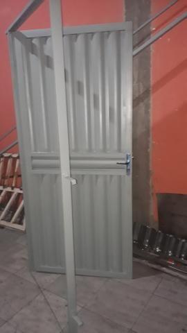 Porta galvanizada