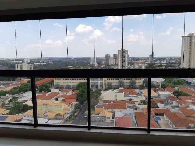 Apartamento andar alto , face sombra, no Edifício Metropolitan com 142 m² úteis, 3 suítes - Foto 6