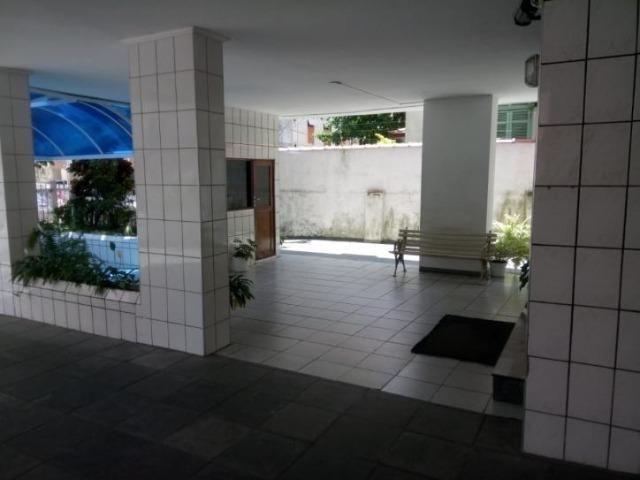 Apartamento com 2 dormitórios no Gonzaguinha em São Vicente, á venda R$350.000,00
