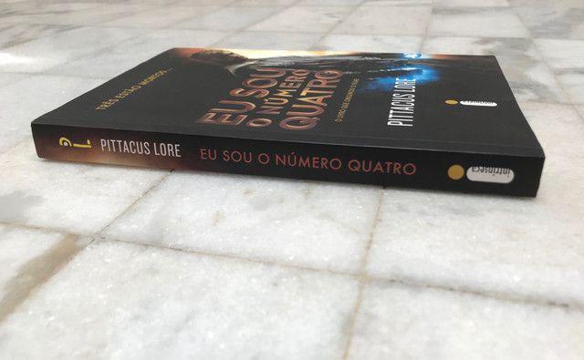 Livro Eu Sou O Número Quatro de Pittacus Lore - Foto 3
