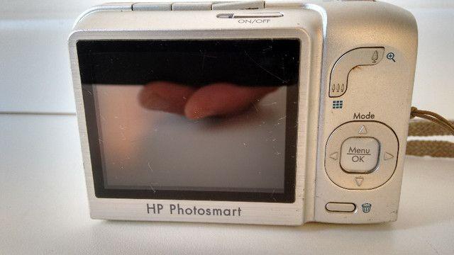 Máquina fotográfica digital, marca HP, modelo Photosmart M627. Resolução de 7,0 MP - Foto 3
