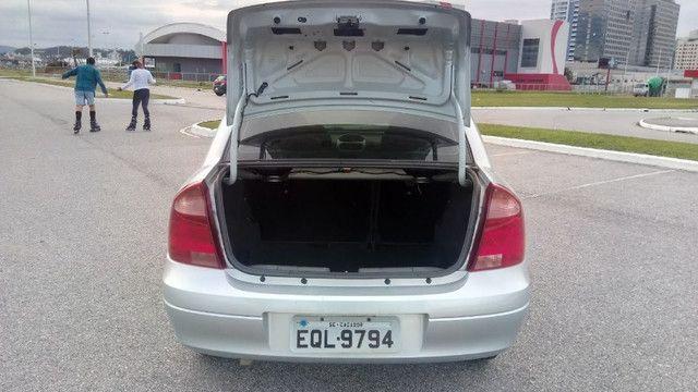 Chevrolet Corsa Sedan 1.4 Completo - Foto 10