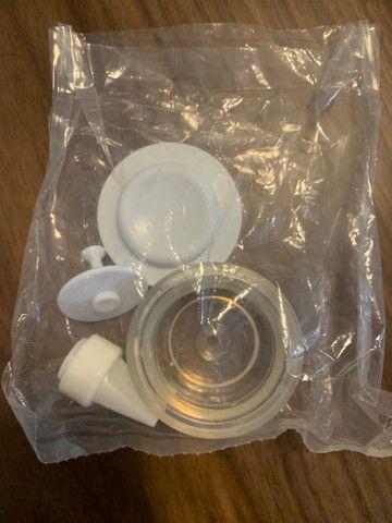 Bomba de tirar leite manual extrator - Foto 2