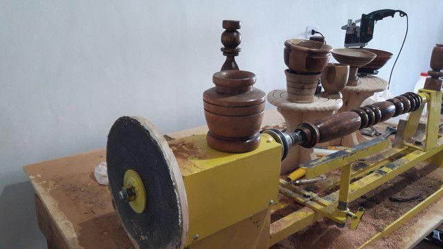 Torno de tornar madeira c.copiador marca de fabricação gomme usado para testes  - Foto 2