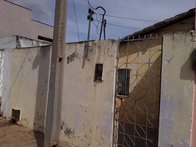 Vende-se uma casa no Bairro Junco, Picos-PI - Foto 7