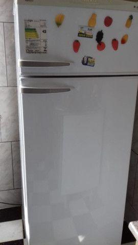 Vende-se geladeira Dako - Foto 4