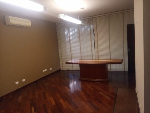 Linda residência comercial com muitas salas e amplo estacionamento - Foto 11