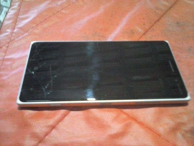 Nokia 830 (no estado)