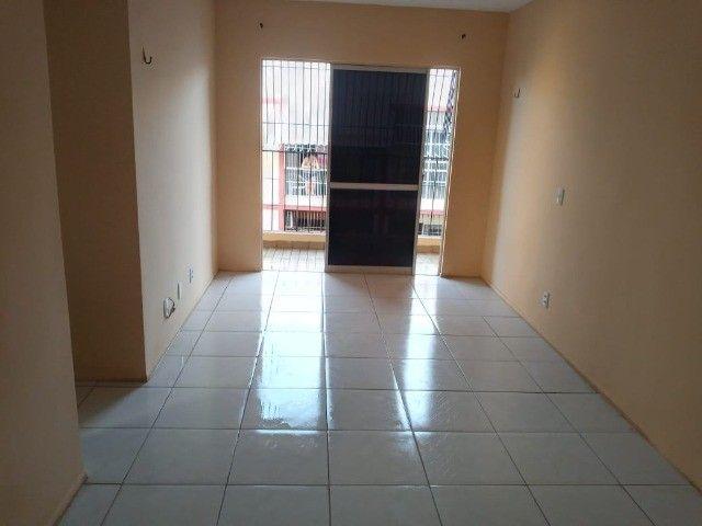 Alugo - Apartamento _ Montese