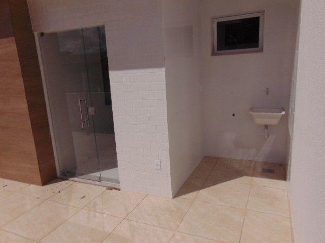 Lindo apto com excelente área privativa de 2 quartos em ótima localização no B. Sta Amélia - Foto 15