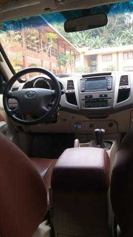Toyota Hilux sw4 diesel 2006 blindada novíssima !!! - Foto 7