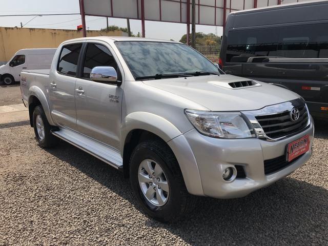Toyota Hilux Cd Srv 3.0 Diesel 4X4 Automatica impecavel 107 mil km - Foto 3