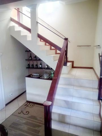 Casa 1º Andar Estilo Duplex, Financiável, 5/4 (2 Suítes), Rua Tranquila; Itapuã-HC034 - Foto 9